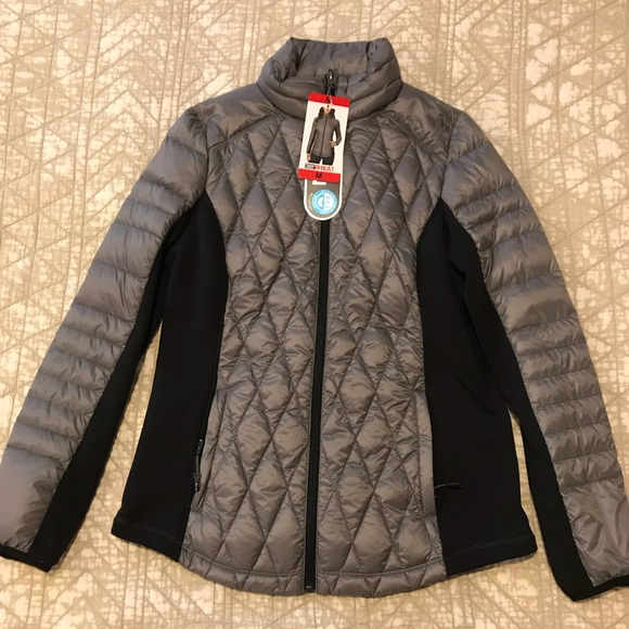 30cf3a75105 NWT 32 degree Packable Jacket